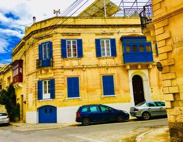 【マルタの海沿いを散策】マルタの観光地スリーマのアンティークな街並みとおすすめスポットを巡る