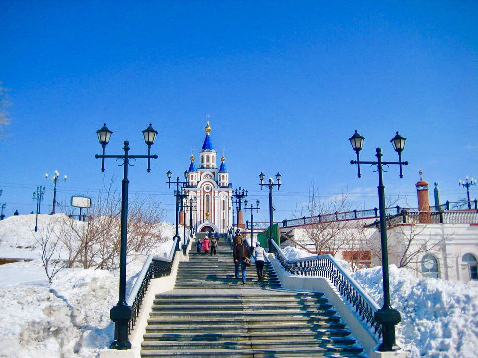 極東探検へ行こう 極東の都ハバロフスク市へ ガチガチに凍ったアムール川と2つの大聖堂を巡る