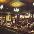 ハングリーベア・レストラン (Hungry Bear Restaurant)
