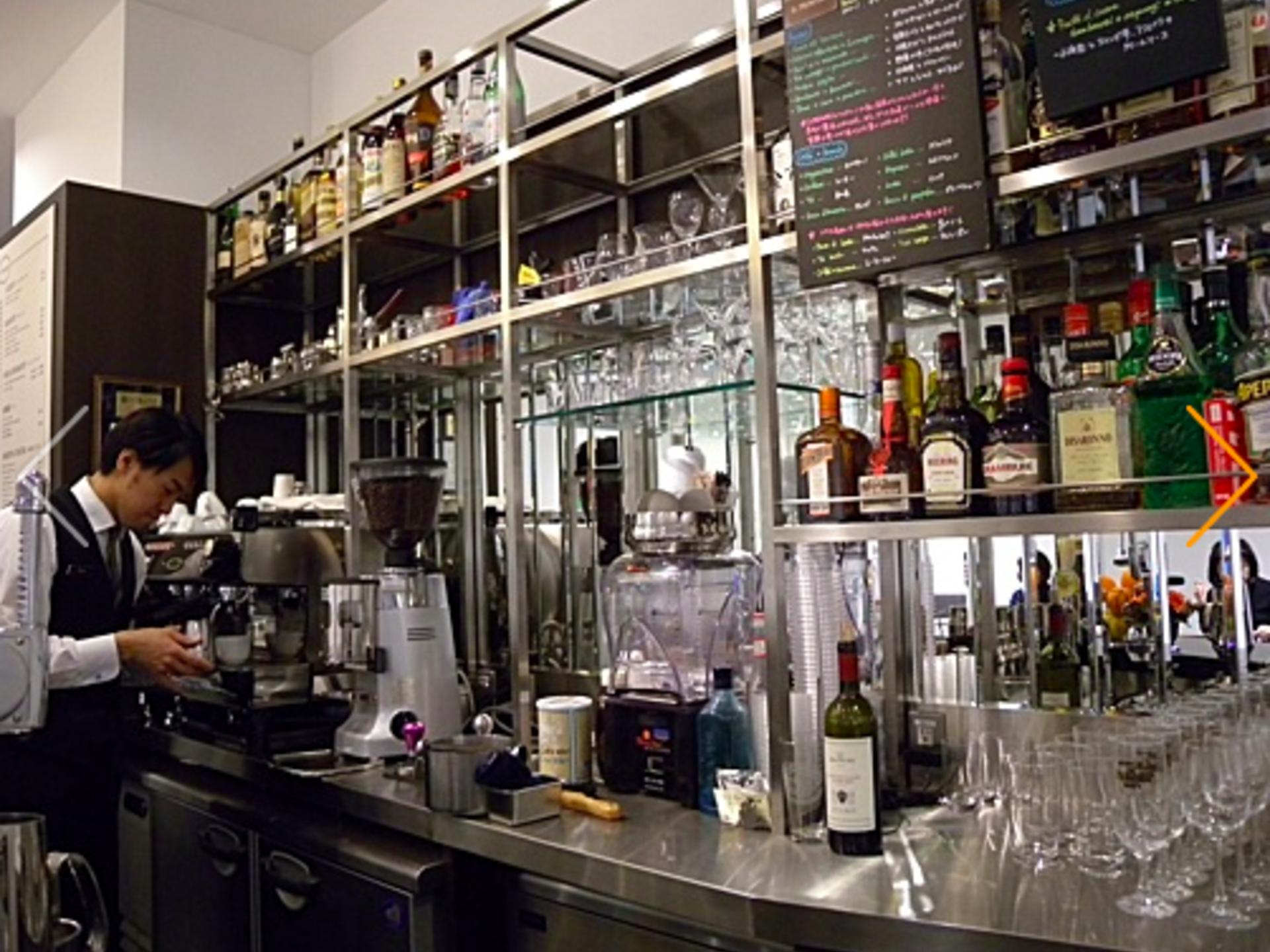 <表参道>本場のエスプレッソを体験「BAR iL PRiMARiO」【贅沢なコーヒーを味わうカフェ】