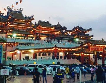 【マレーシア在住が教える】地元のお金持ち御用達・隠れ家シーフードと最大級の中国寺院