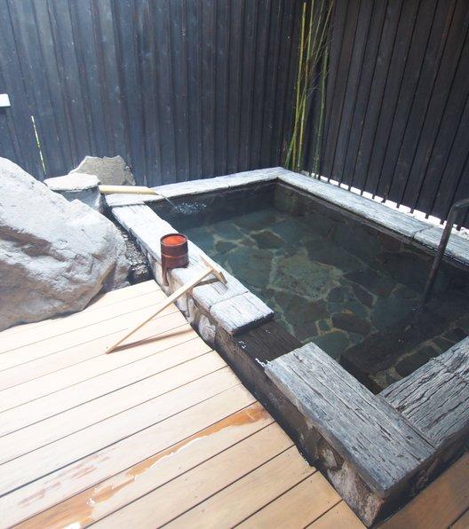 全室半露天風呂付の宿 和み月