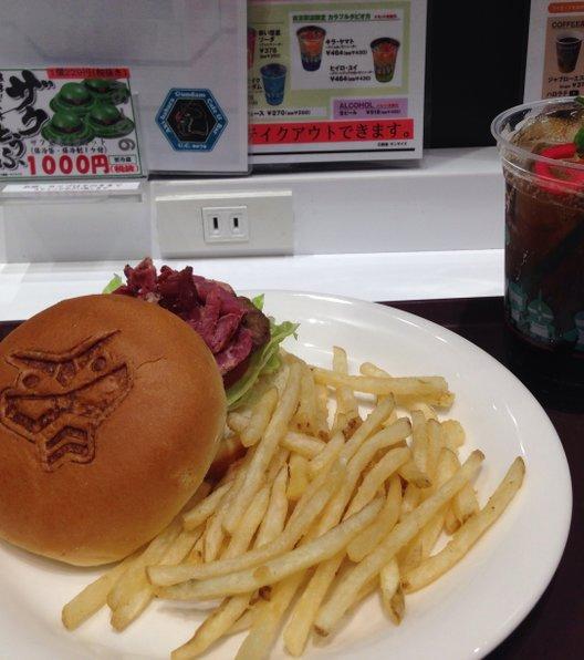 【閉店】ガンダム カフェ 東京駅店