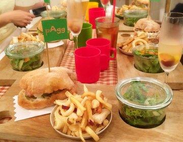 雨でもピクニックができる!三軒茶屋駅からすぐの天然芝の上でピクニックができるお店で一年中ピクニック