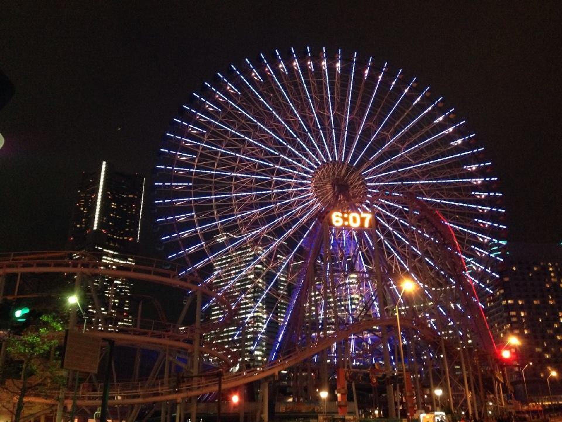 【横浜・みなとみらい!イルミネーション】寒さが苦手でも屋内から見れる夜景デート