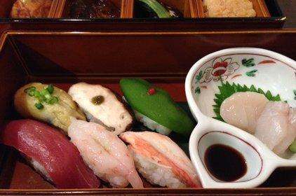 日本料理 まるやまかわなか