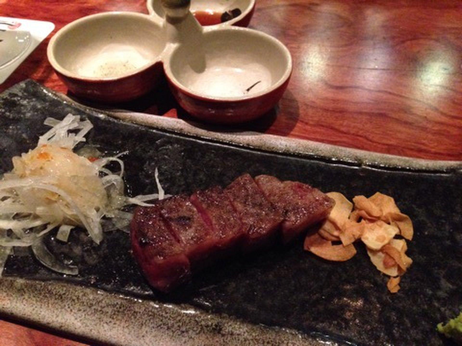 赤坂・六本木エリアでお肉が食べたくなったらこのお店!絶品肉料理が食べられるお店3選