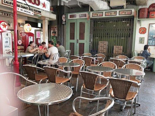 ロングボード・カフェ