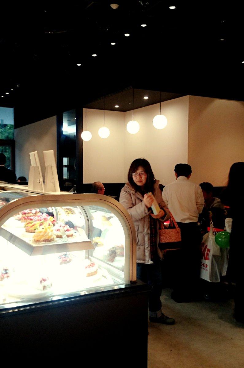 【閉店】コムサスタイル グランベリーモール店