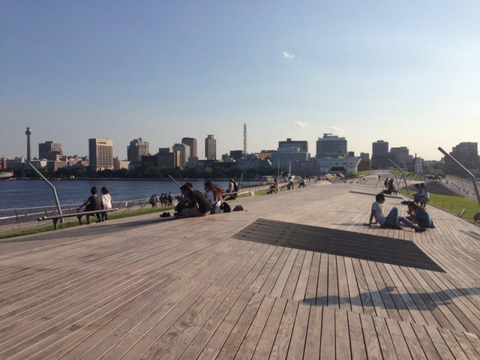 【ウォーキングダイエットにおすすめ散歩コース】横浜みなとみらいで海を眺めながら散歩!