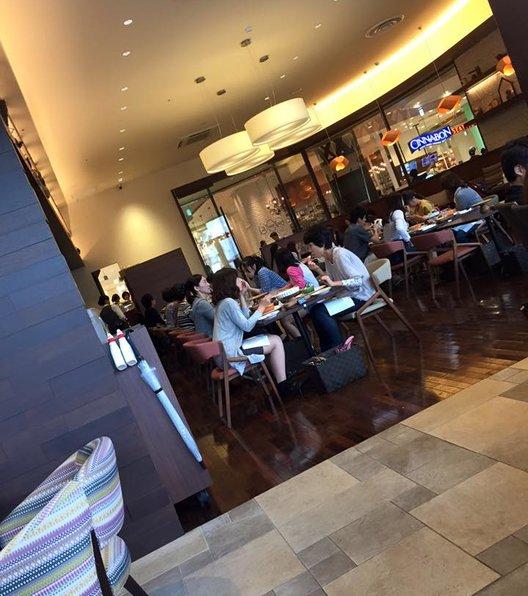 ベーカリーアンドテーブル コクーンシティ店