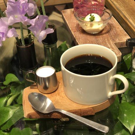 青山フラワーマーケット赤坂Bizタワー店