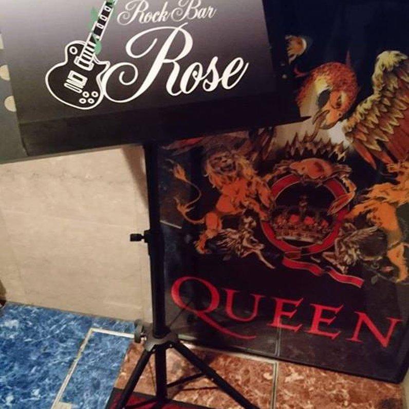 Rock-Bar Rose