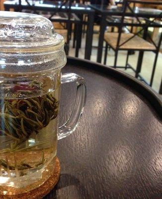 横浜亜熱帯茶館