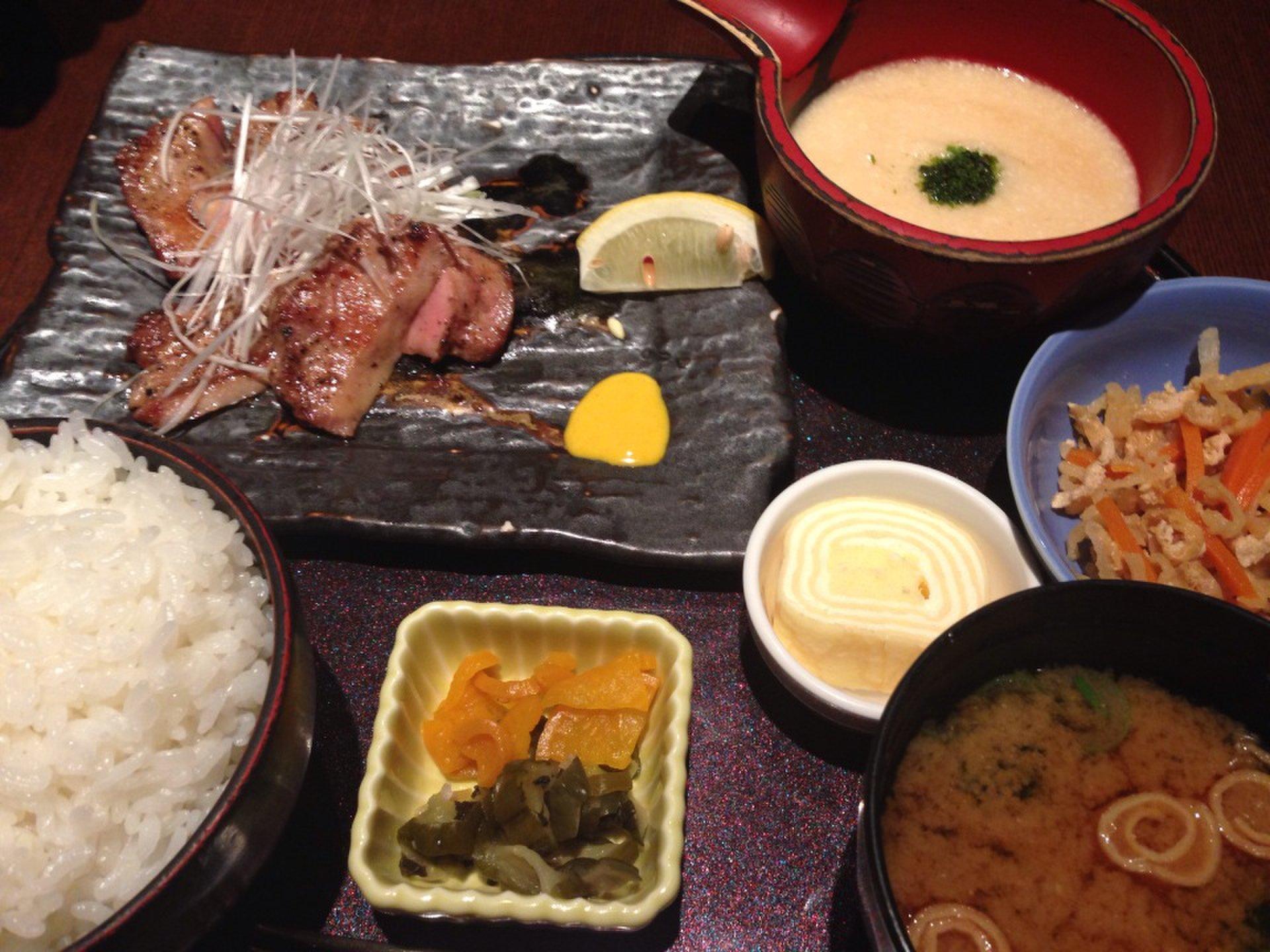 雨の日デートにおすすめ!恵比寿ガーデンプレイスで人気の個室の和食料理屋でごはん!