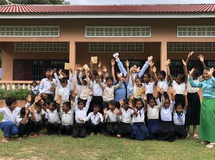 ボランティア出来る旅!カンボジアの子供達と遊ぼう!世界遺産も ...