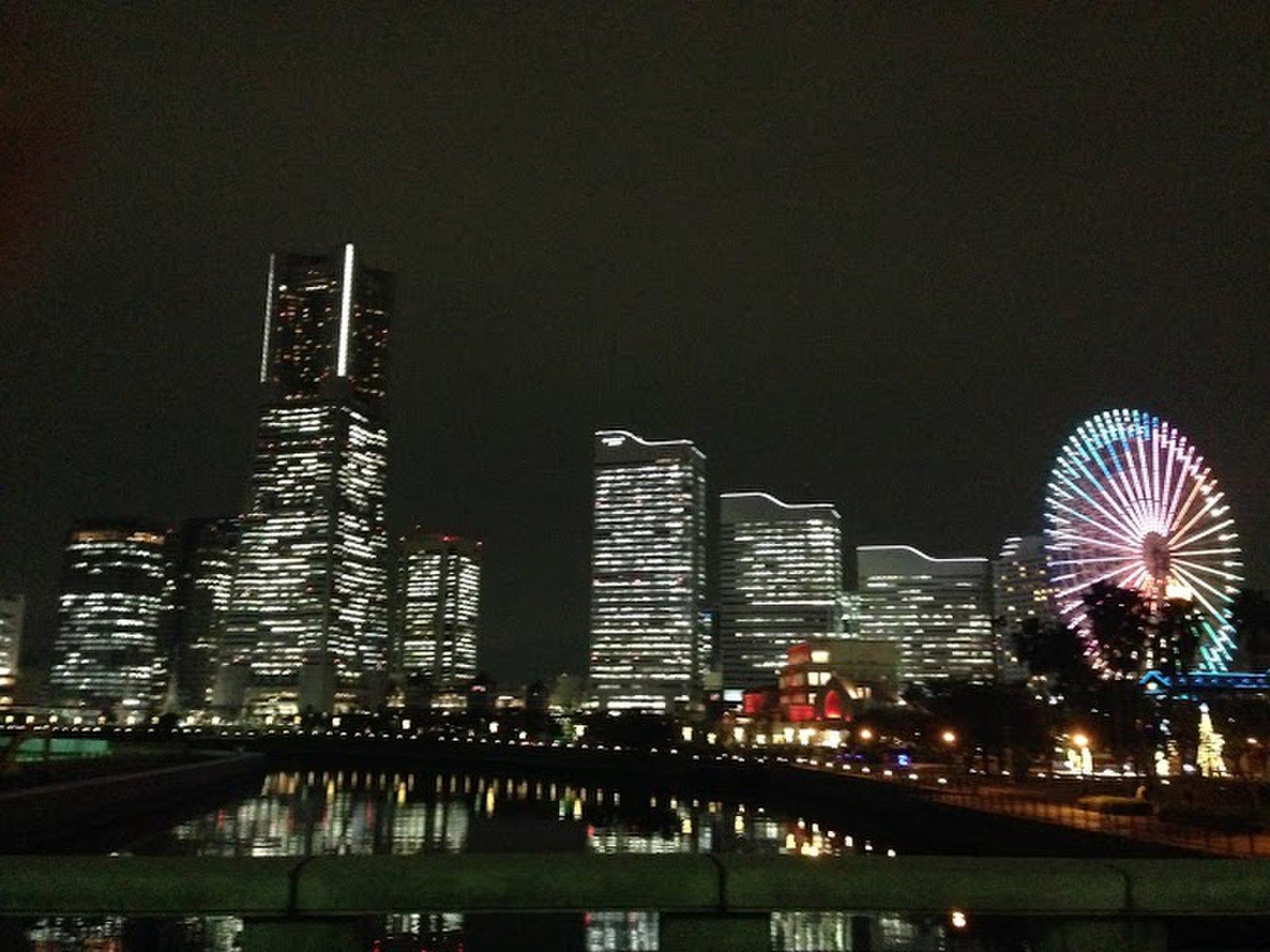 横浜みなとみらい夜のデートにおすすめ!のんびりイルミネーション散歩コース!