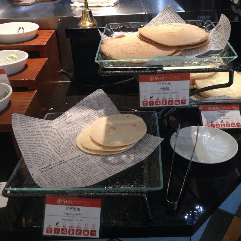 鶴雅ビュッフェダイニング札幌