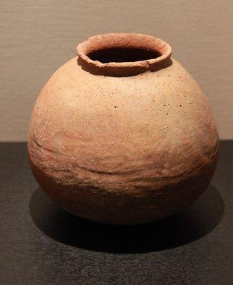 那覇市立壷屋焼物博物館