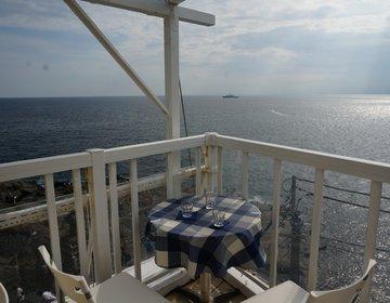 【海が見える絶景テラスカフェ】江ノ島のオシャレスポットを巡るオトナなデートプラン