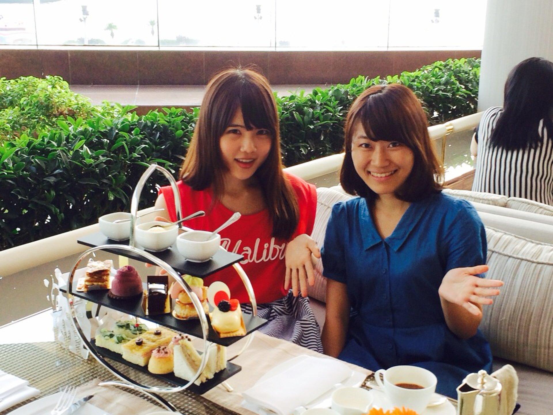 ビクトリア湾を眺めながら豪華アフタヌーンティ女子会♡「インターコンチネンタルホテル香港」