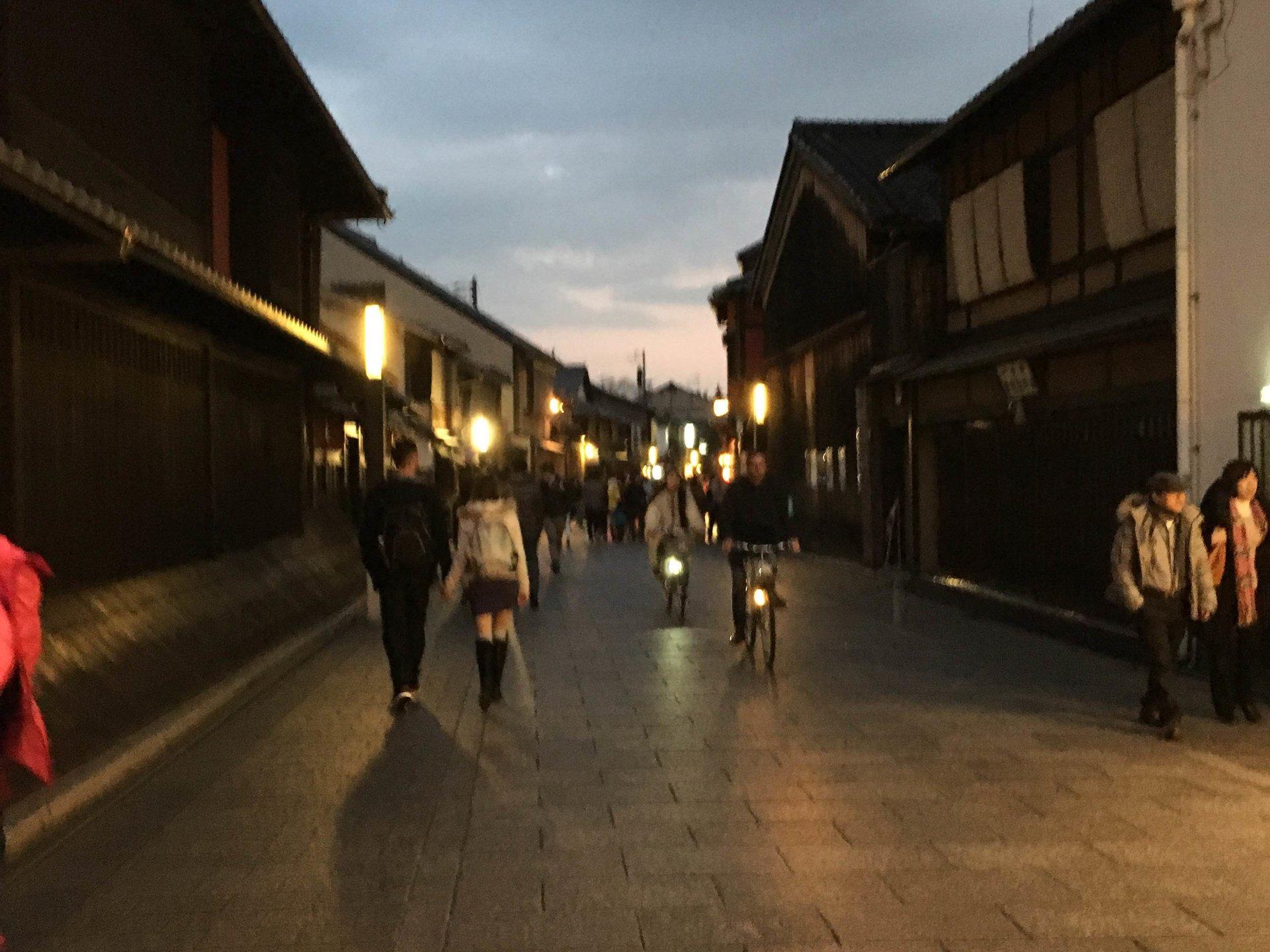 【京都・祇園のコスパ最高ディナー♪】3000円以下で20品目の絶品京料理を味わおう!