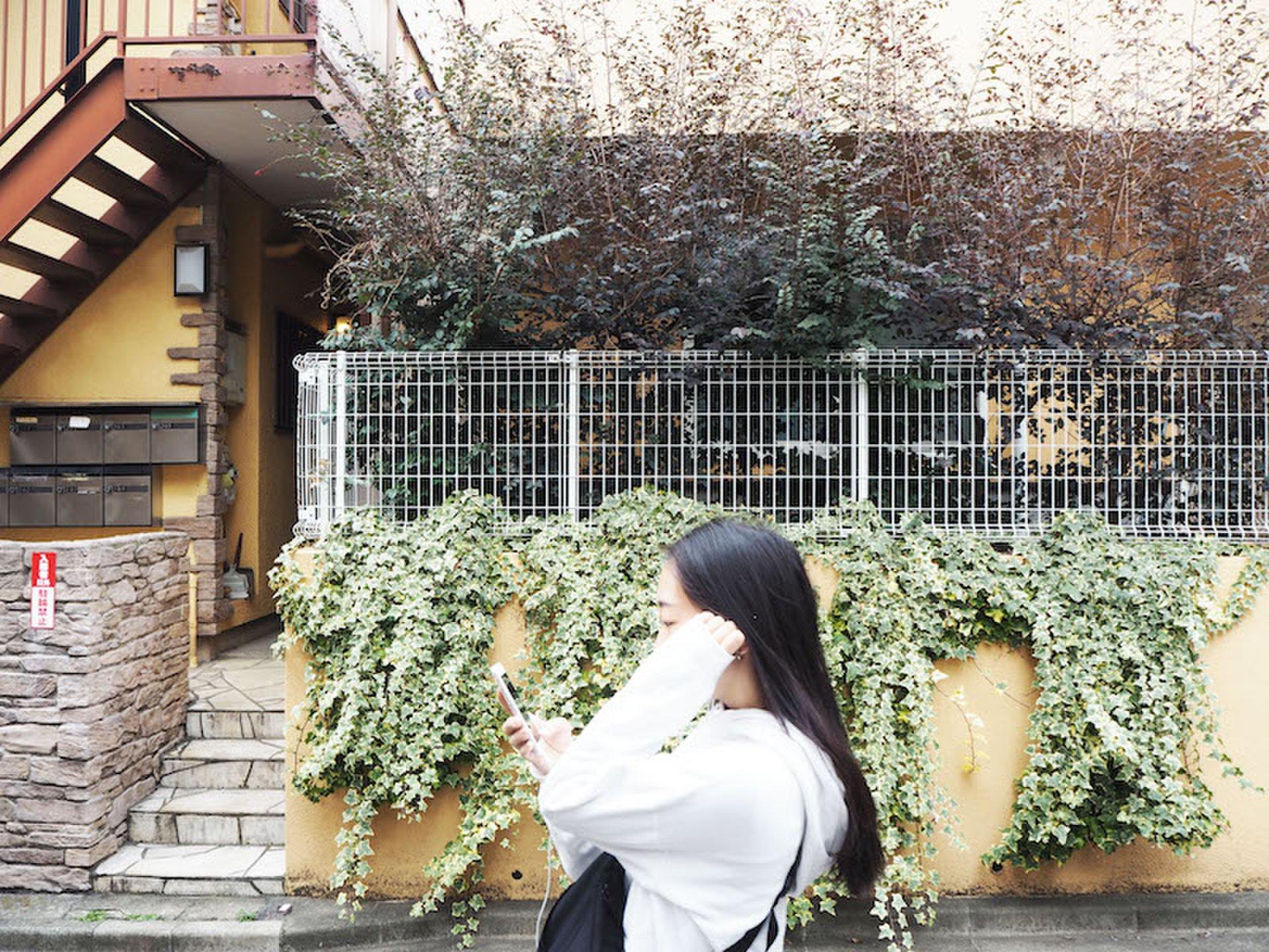 音楽と歩くシモキタ 古着屋にコーヒーショップ…これがヘッズ女子の歩き方