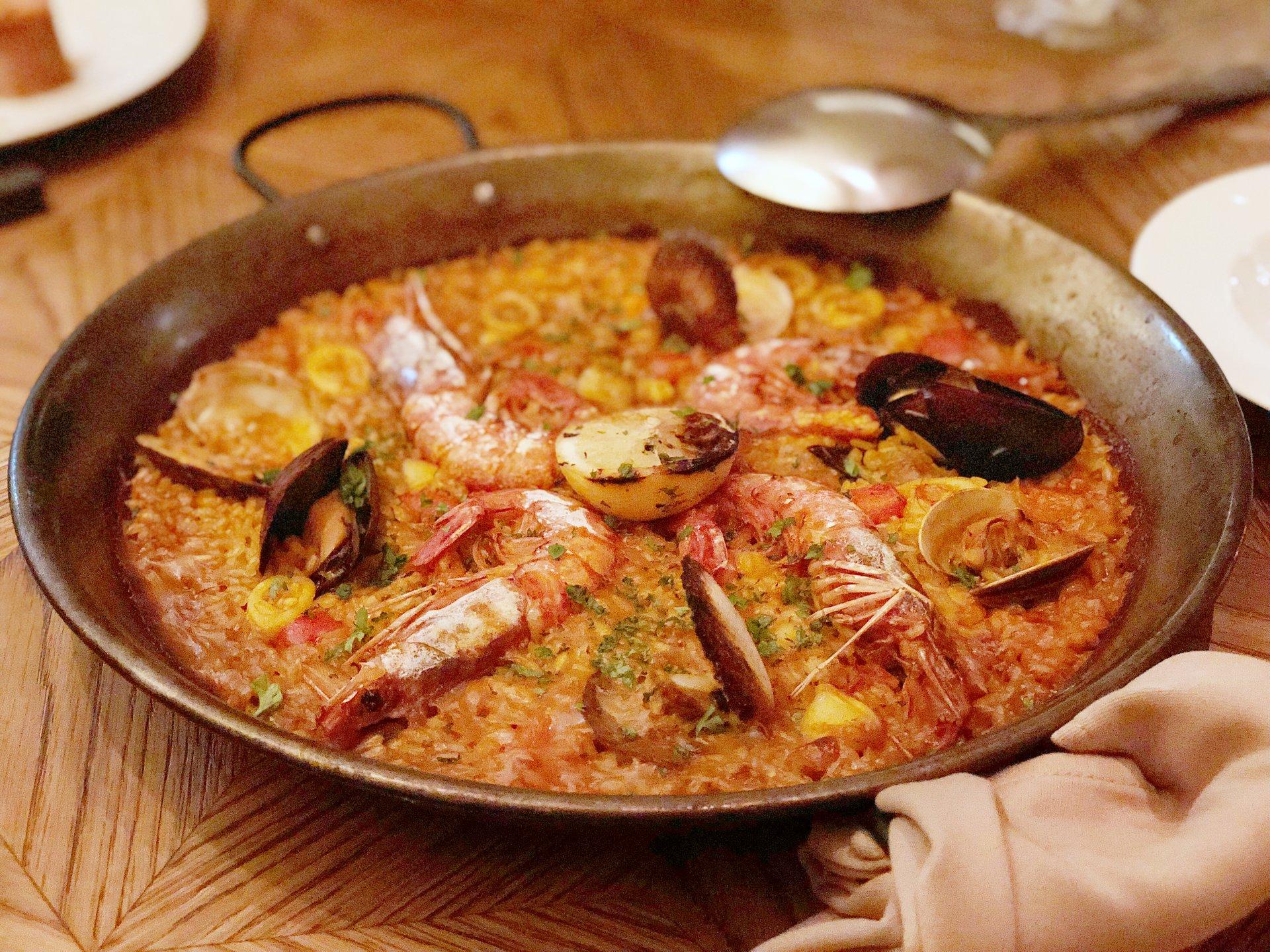 日比谷おすすめディナー♡記念日・デートの夜はおしゃれスペイン料理