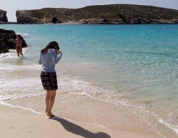 【ワイルド派におすすめ】誰もを魅了するブルー・ラグーン。プールのように澄んだ海‼