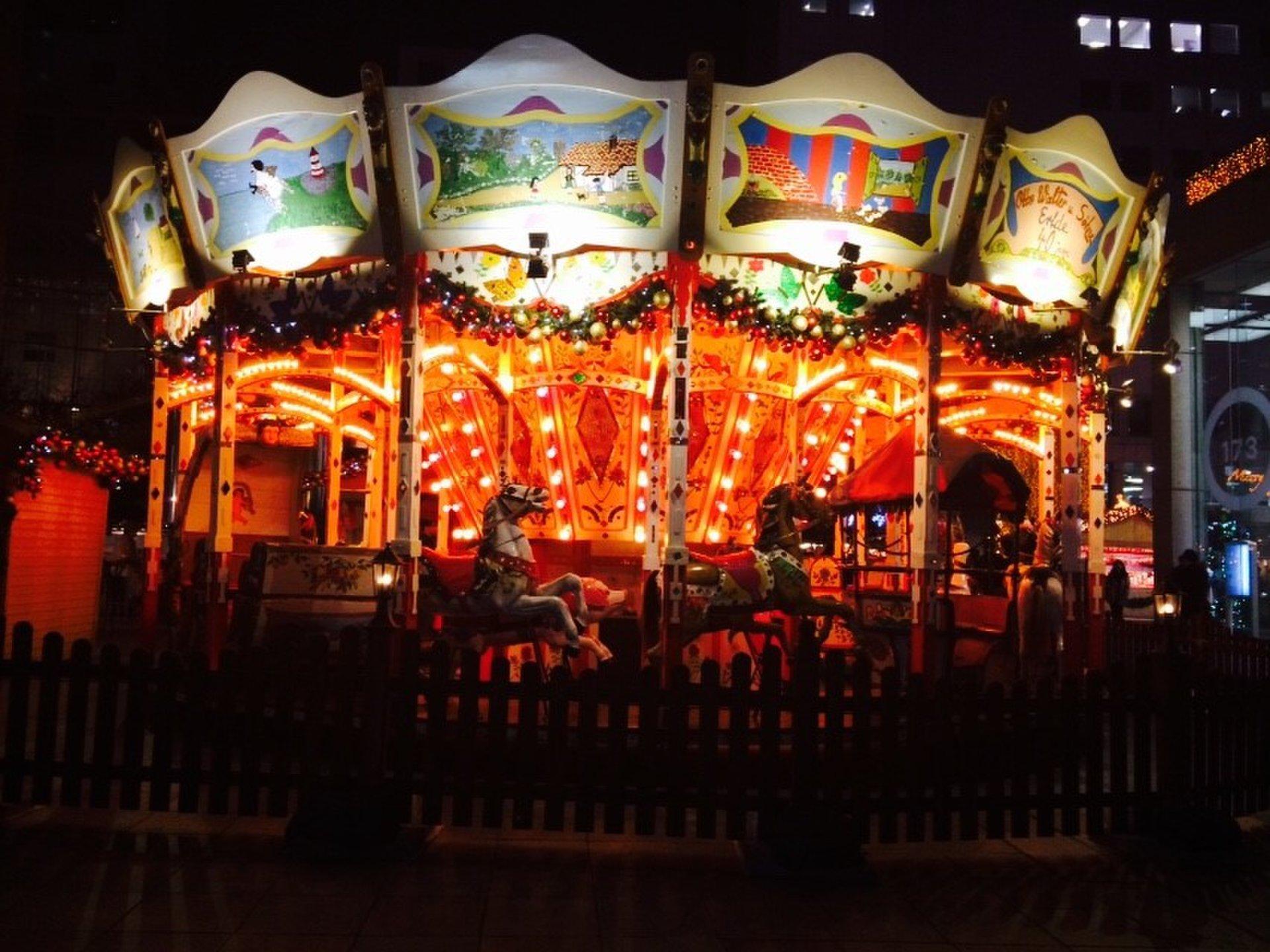 【大阪×人気イルミネーション】大阪府内で2位の梅田スカイビルはクリスマスツリーが綺麗すぎる!