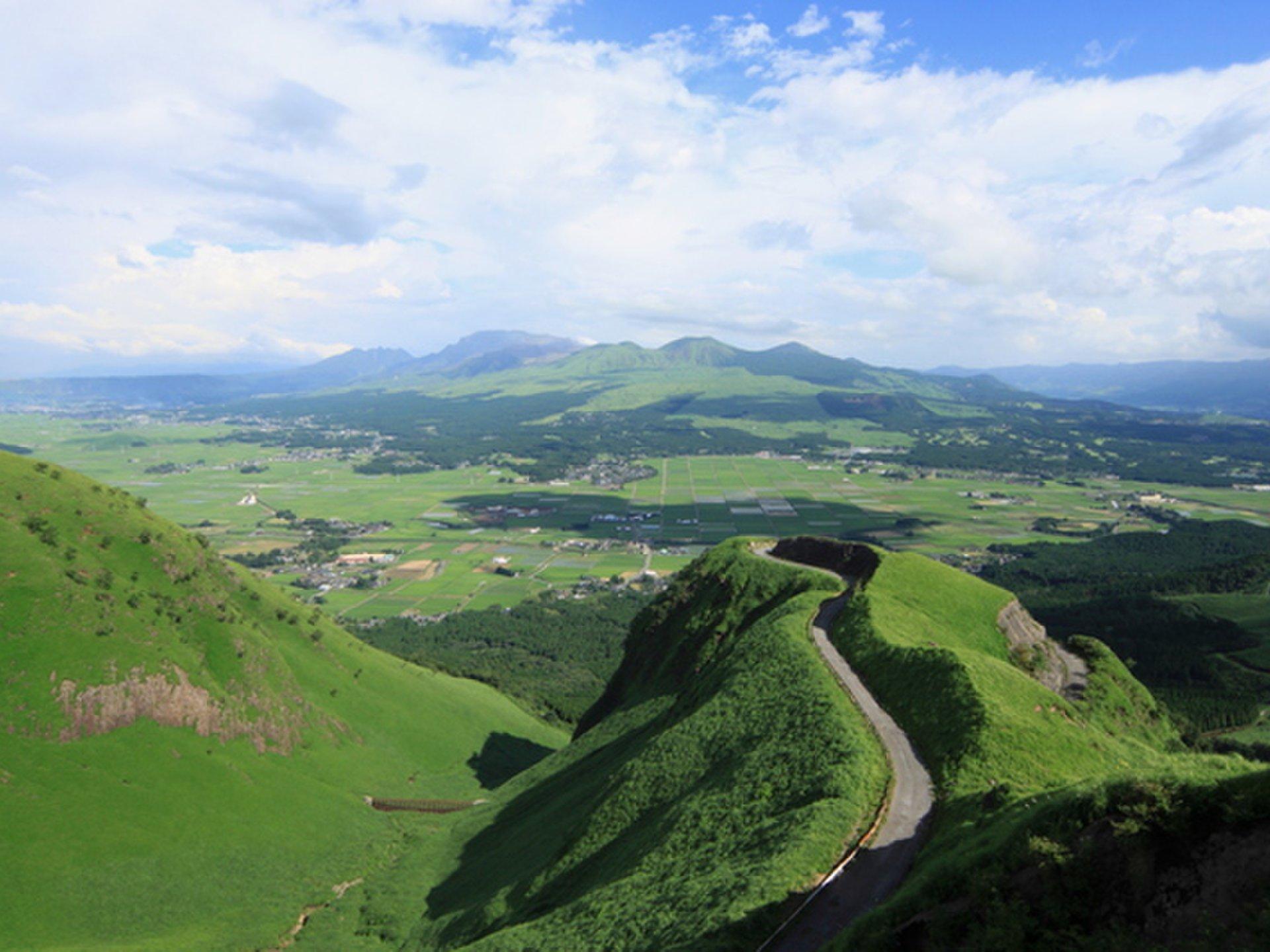 熊本の大自然を観光ドライブ&グルメ!博多に負けないラーメン情報もご紹介