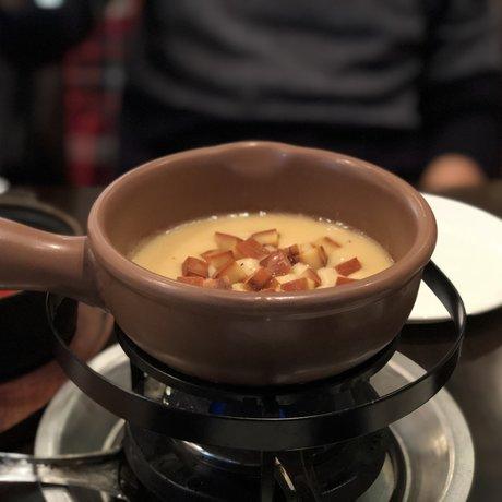 ビストロ ワイン カフェ ハース