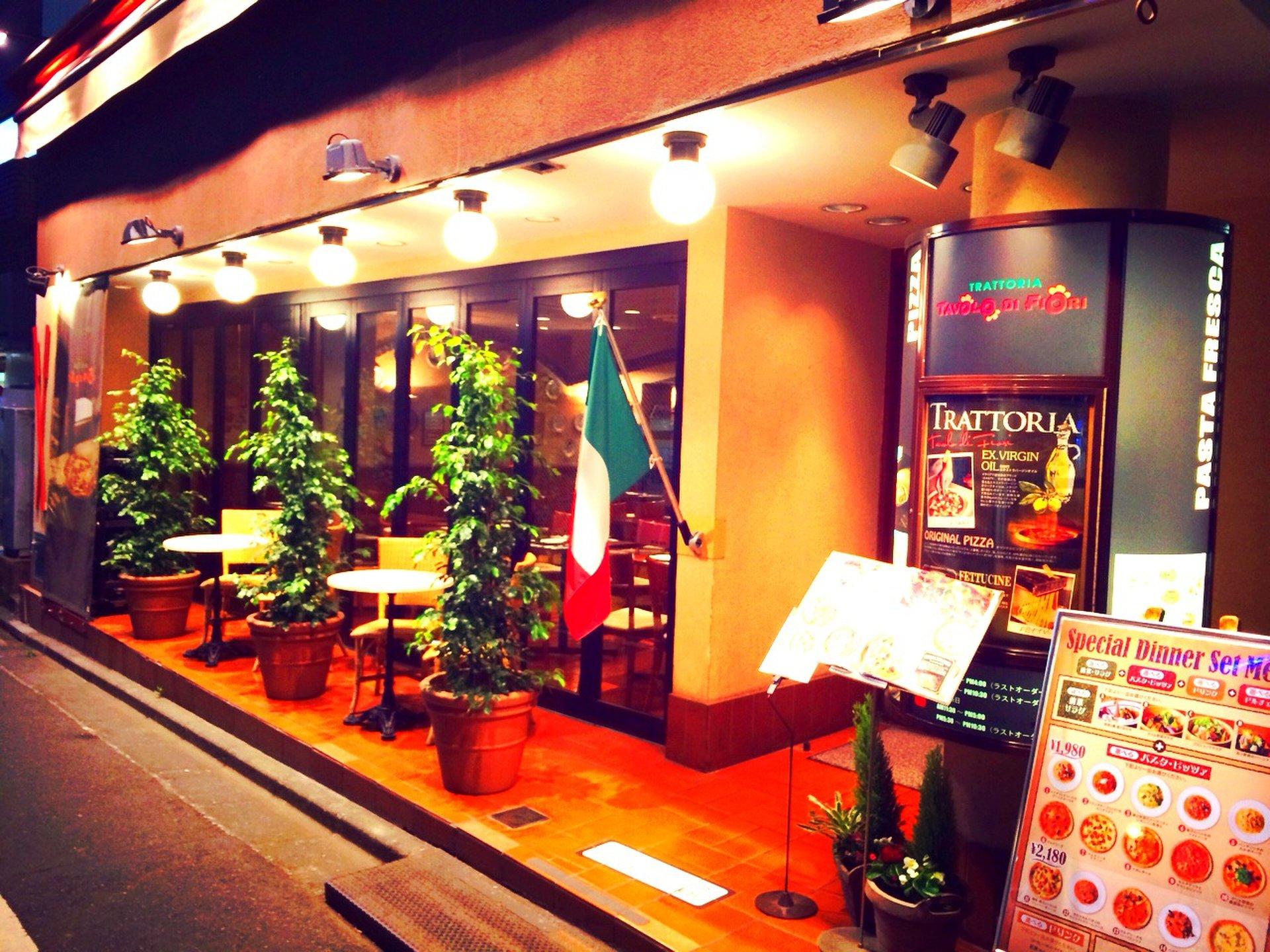 【あのエビちゃんも来店!?】トラットリア ターボロ・ディ・フィオーリ新宿本店でおしゃれディナー!