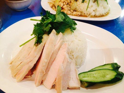 タイ屋台 999 中野店 (カオカオカオ)