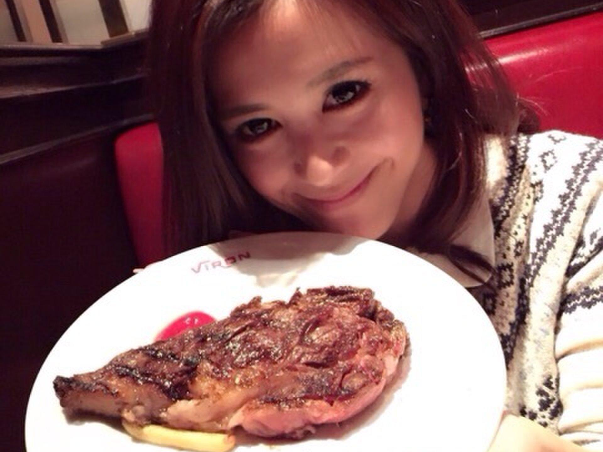 おしゃれな空間でとってもジューシーなお肉が食べられるブラッスリー・ヴィロン 渋谷店