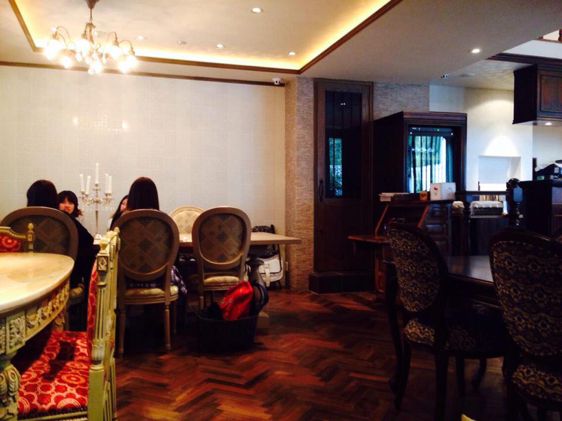 【リニューアルオープン】横浜・元町にあるハローキティレストランは大人可愛いお店!女子会&デートでも!
