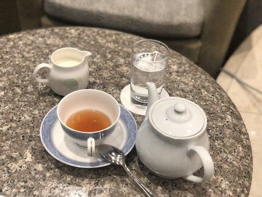 サロン・ドゥ・カフェ