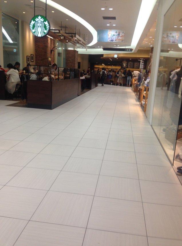 スターバックス・コーヒー 札幌ステラプレイス イースト2階店