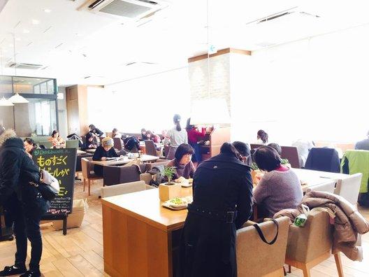 CAFFE SOLARE 海浜幕張駅店(カフェ ソラーレ)