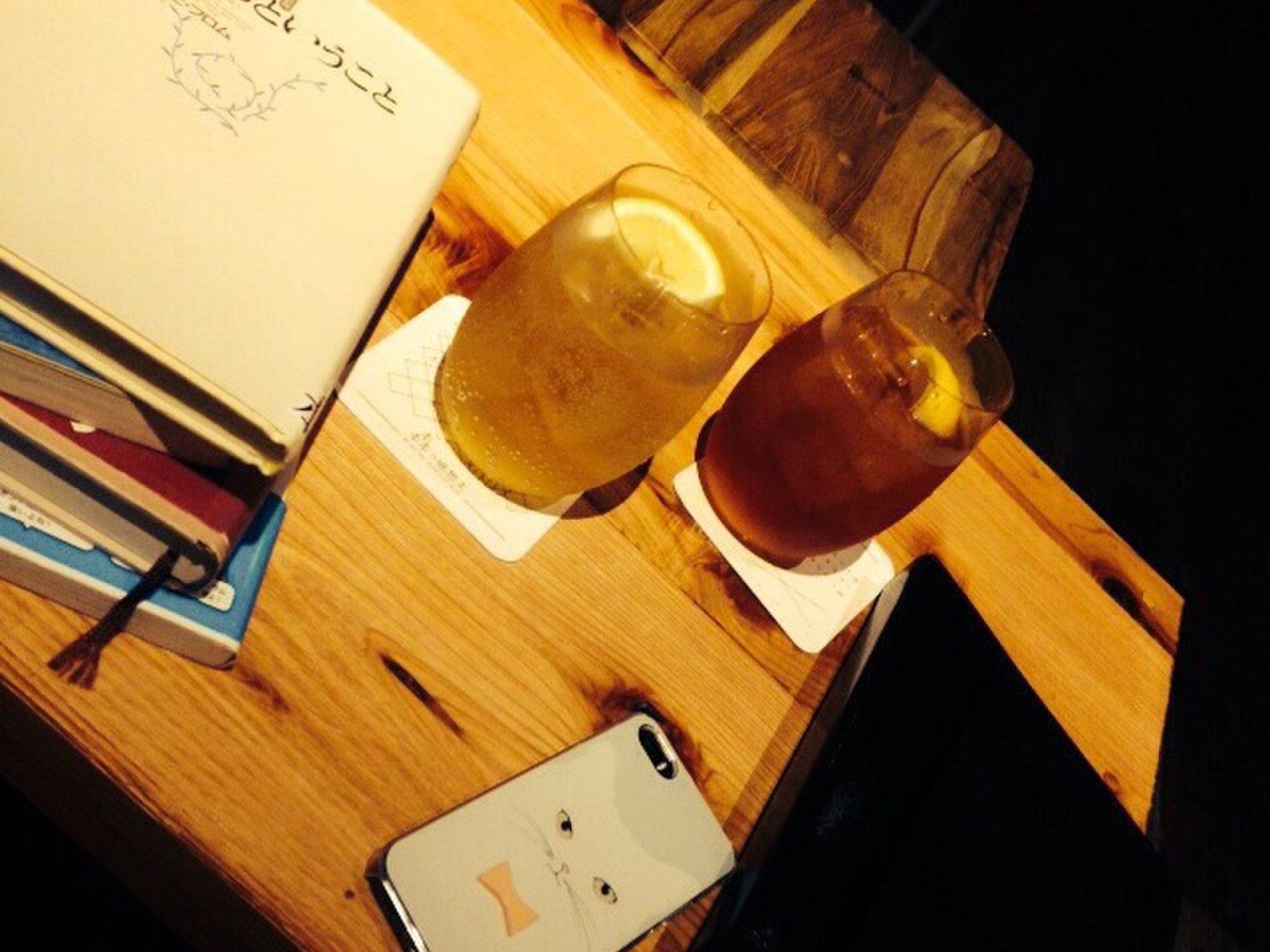東京のブックカフェ7選!優雅に読書できるおすすめカフェに行ってみない?