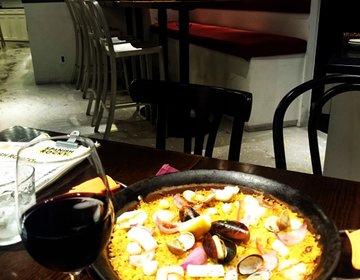 横浜みなとみらい夜飲みデート!本格スペイン料理が美味しい、ロッキーがテーマのバル。カップル必見情報