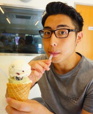 ビッグ ベイビー アイスクリーム (BIG BABY ICE CREAM)