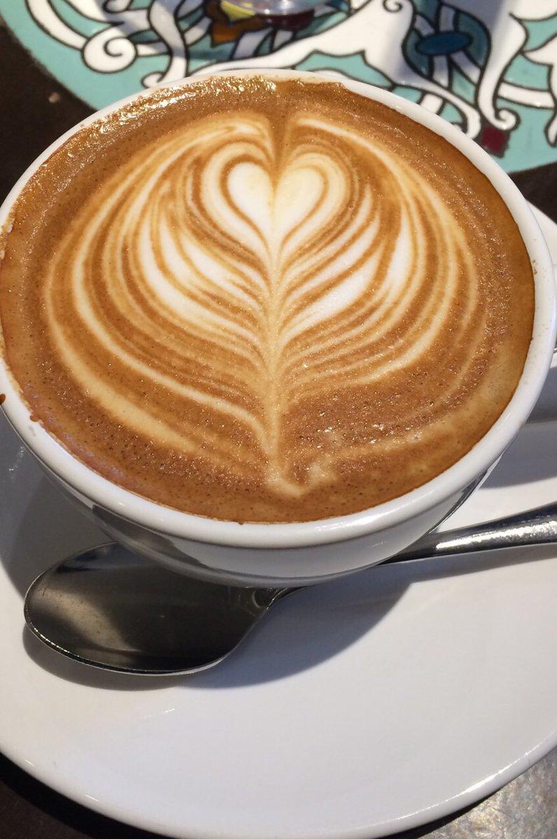 Urth Caffé 代官山(アースカフェ)