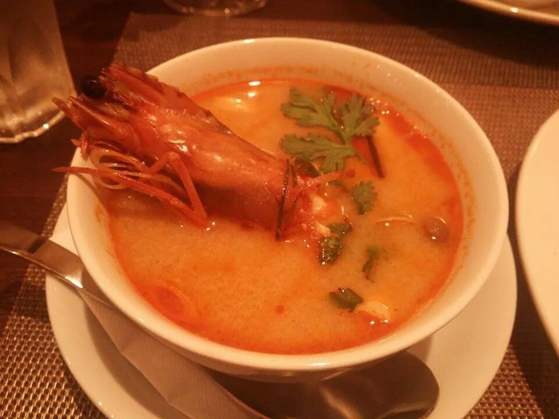 赤坂でタイ料理を楽しむ!ANANDA THAI(アナンダタイ)さらに波留乃屋の絶品そば!