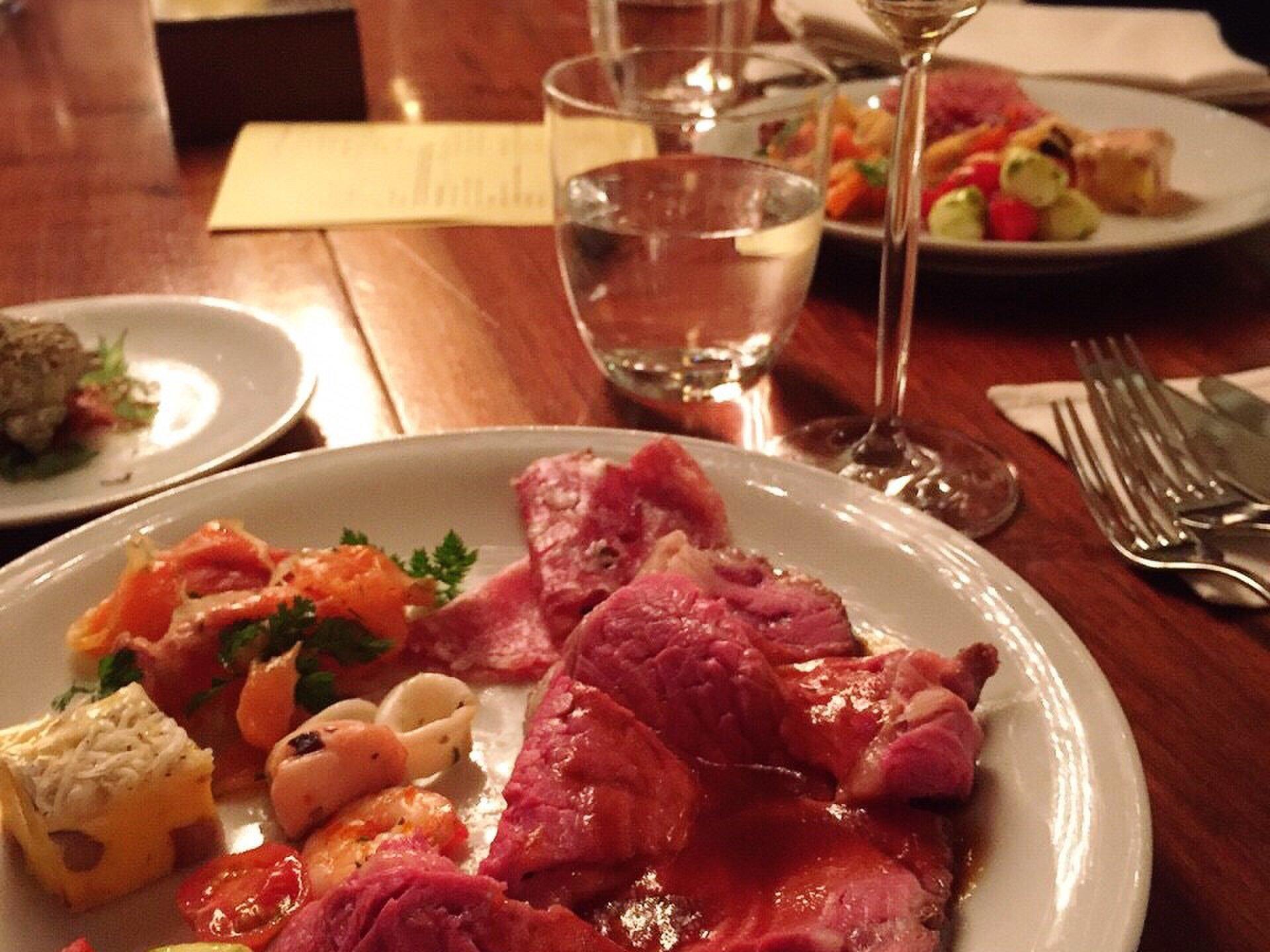 新宿の食べ放題22選!本当に美味しい食べ放題できるお店を厳選