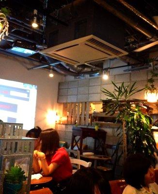 リゾットカフェ 東京基地