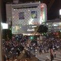 渋谷駅前 スクランブル交差点 (Shibuya Crossing)