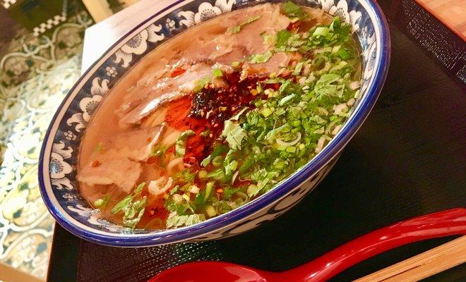 金味徳拉麺