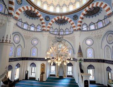 【心が乱れた時に】代々木上原のモスク「東京ジャーミイ」に行ってみた。