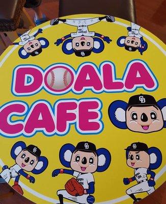 ドアラ カフェ